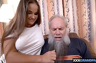 Grandpa with a grey beard fucking a curvy brunette babe