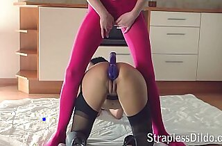 Sex doll drills her mistress with a Feeldoe