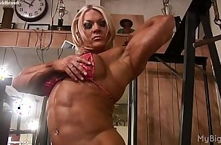 Naked Pro Female Bodybuilder Plays with Her Big Clit