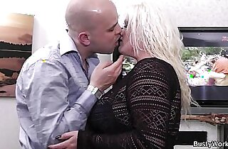 Meeting with cute amateur blonde plumper